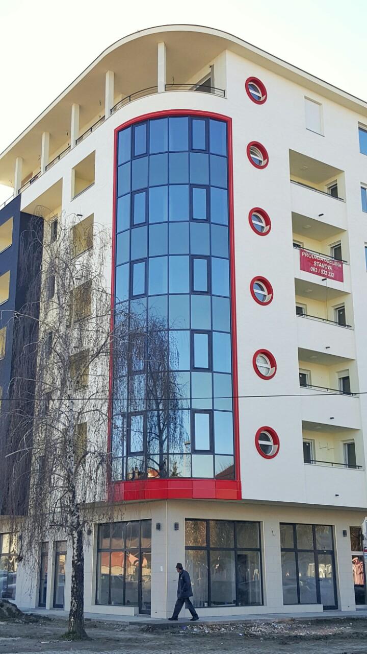 Stambena zgrada Novi Sad